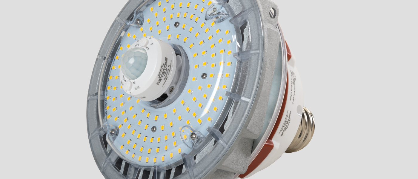 Vertical metal halide LED replacement with SmartPort LED sensor